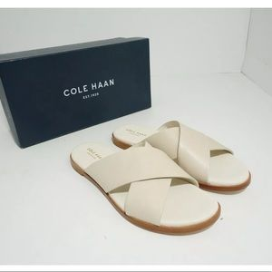 🆕 Cole Haan Flats Sandals Slip On Flip Ivory